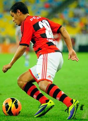 Carlos Eduardo camisa 20 Flamengo (Foto: Marcelo Moreira / Agência Estado)