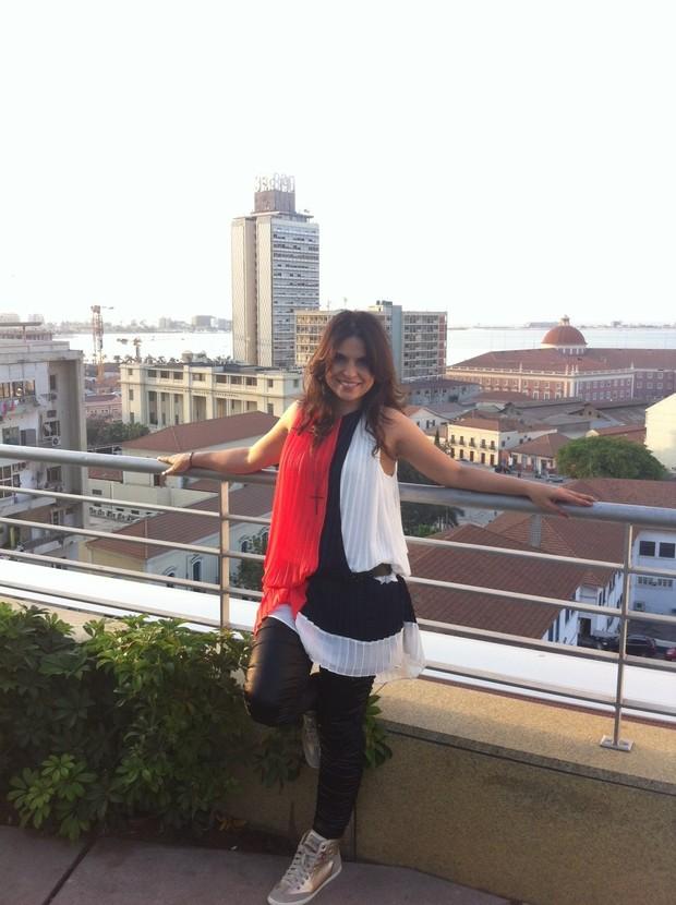 Aline Barros na Angola (Foto: Divulgação)