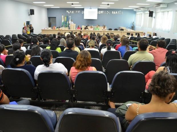 A saúde na terceira idade foi debatida no auditório da Câmara de Vereadores de Cacoal (Foto: Magda Oliveira/G1)