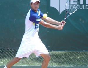 Carlos Severino disputa a final do Future de Tênis (Foto: Divulgação)