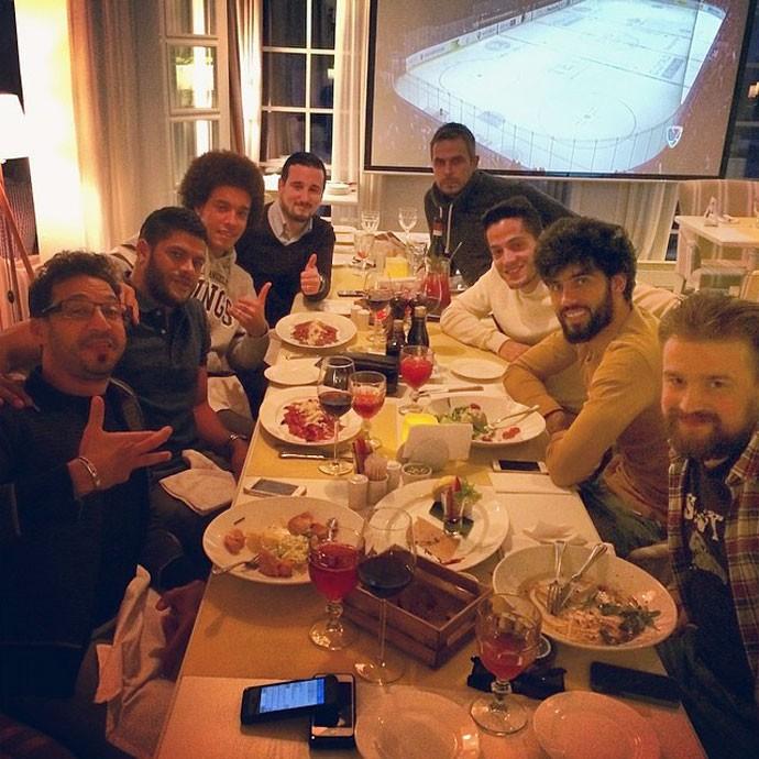 Hulk com colegas de Zenit (Foto: Reprodução / Instagram )