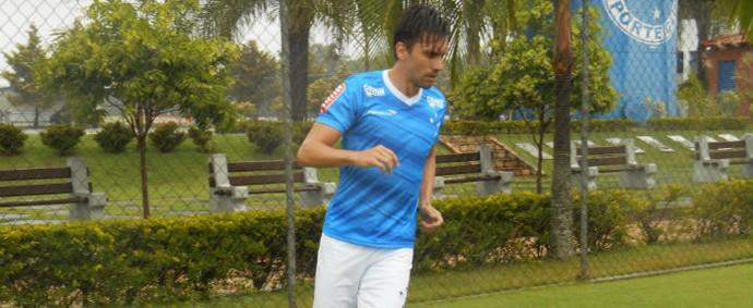 Paulo André treina na Toca da Raposa II (Foto: Divulgação \Cruzeiro)