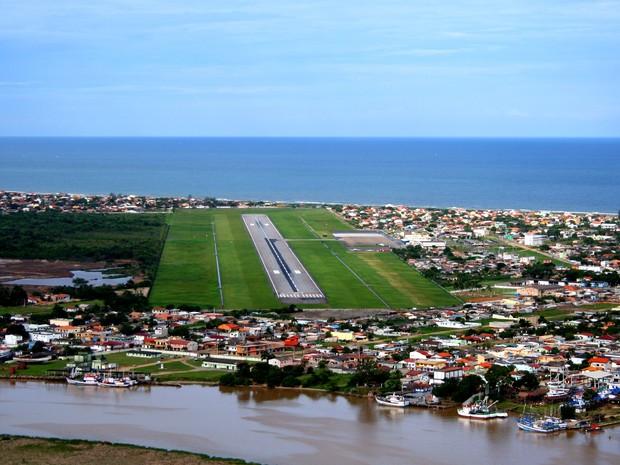 Aeroporto Navegantes Santa Catarina : G aeroporto de navegantes registra maior movimento em