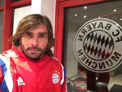 Angelo passou uma semana fazendo intercâmbio no Bayern de Munique (Foto: Angelo Berger / Arquivo Pessoal)
