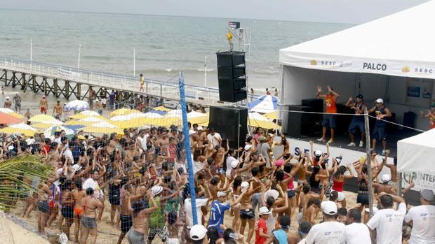 Circuito Verao : Rede globo gt circuito verão praia de pirangi recebe