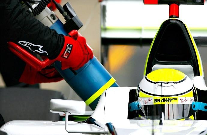 Jenson Button reabastecimento Brawn GP (Foto: Getty Images)