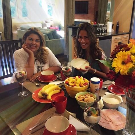 Fabiana Karla encontra Rebecca da Costa (Foto: Arquivo pessoal)