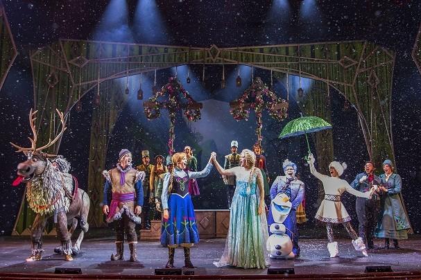 Walt Disney Theatre tem capacidade para 977 pessoas nos navios Disney Magic e Disney Wonder, onde rola o musical do Frozen (Foto: Divulgação/Disney)