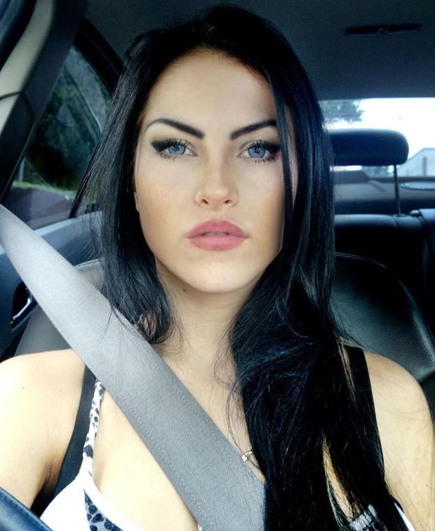 Claudia Alende, candidata ao Miss Bumbum (Foto: Facebook / Reprodução)