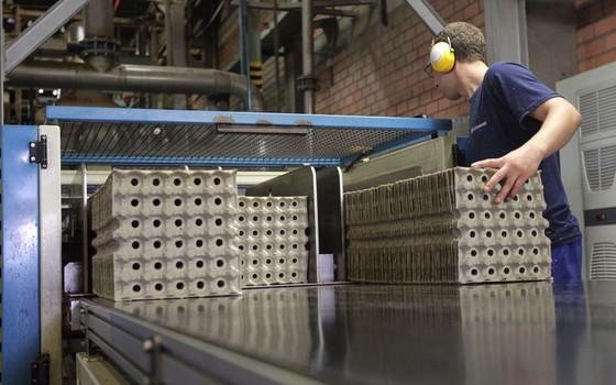 Faturamento da indústria do Paraná cai pelo terceiro ano seguido (Foto: Gelson Bampi/ Fiep)