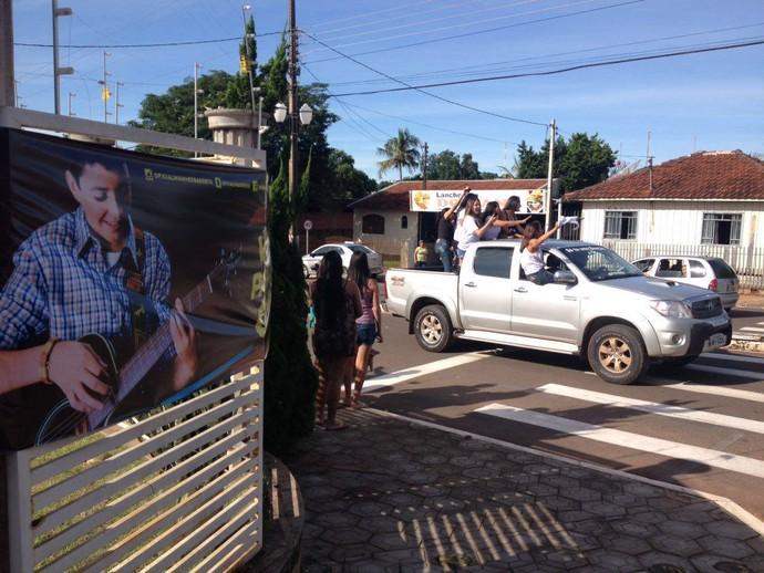 A cidade praticamente parou para celebrar a conquista de Wagner Barreto (Foto: Divulgação/ RPC)