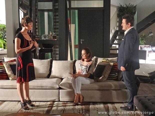 Aisha enfrenta Mustafa e avisa que não vai se afastar de Wanda (Foto: Salve Jorge/TV Globo)