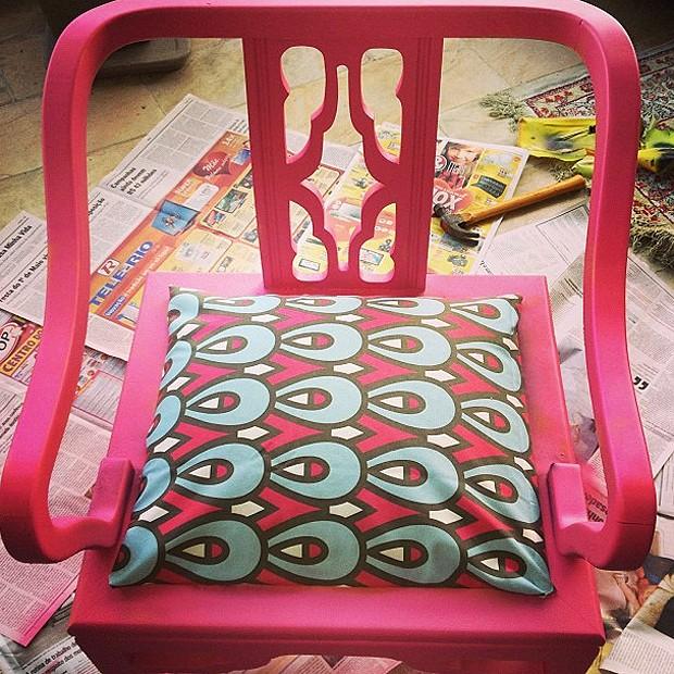 A cadeira depois da reforma... (Foto: Reprodução/Instagram)