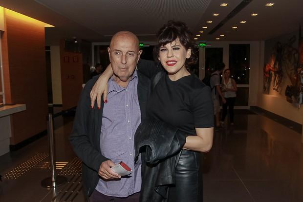 Bruna Lombardi e Carlos Alberto Ricelli na estreia da peça Os realistas (Foto: Raphael Castello/Agnews)