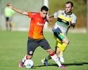 Atacante Caio não fica no Inter e acerta retorno ao futebol árabe
