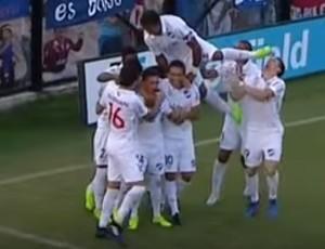 """BLOG: Nariz quebrado, braço amassado e """"hat-trick bolado"""" em vitória do Nacional"""