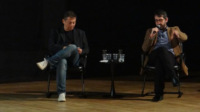 Momento dedicado a responder perguntas da plateia na palestra sobre Consumo Consciente e Tendências (Foto: Jean Fernandes)
