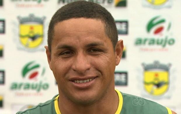 Tonho Cabañas chegou a fazer pré-temporada no Vasco-AC, mas acertou com o Galvez dias antes da estreia no estadual (Foto: Globo Esporte Acre)