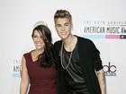 Mãe de Justin Bieber diz a site que gostaria de colocar o filho de castigo