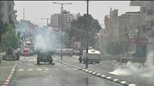 Palestina suspende contatos após Israel bloquear mesquitas