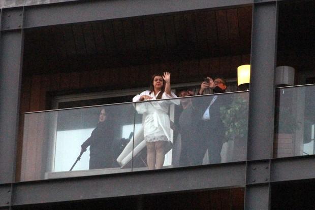 Preta Gil na varanda de hotel (Foto: JC Pereira/AgNews)