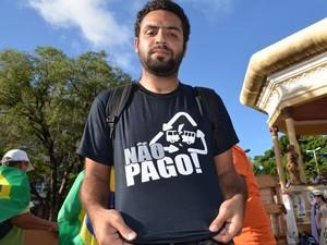 Demétrio Varjão, representante do Movimento Não Pago em Aracaju  (Foto: Flávio Antunes/G1)