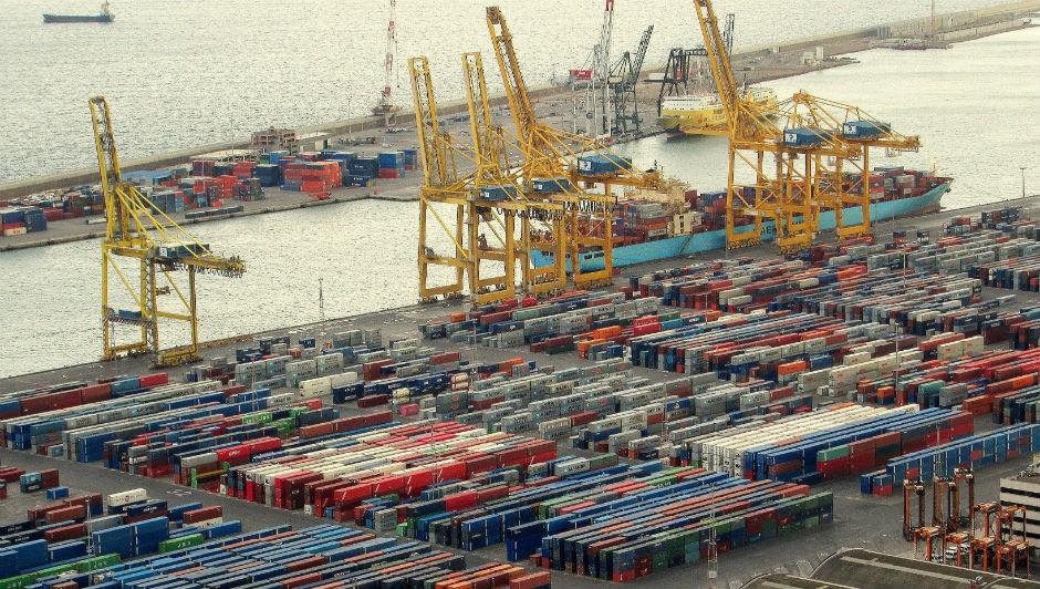 Para especialistas do mercado, contudo, exportações tendem variar menos do que as compras de produtos do exterior (Foto: Pexels)