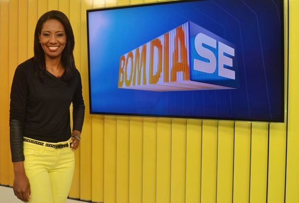 Maristela Niz apresenta o Bom Dia Sergipe desta quinta-feira, 11 (Foto: Divulgação / TV Sergipe)