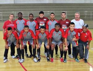 Racing, de São Pedro, entrou no estadual vencendo o Náutico por 9 a 1  (Foto: Gilmar Lessa/Racing)