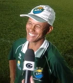 Joécio Barbosa, técnico do sub-20 do Coruripe (Foto: Leonardo Freire / GloboEsporte.com)