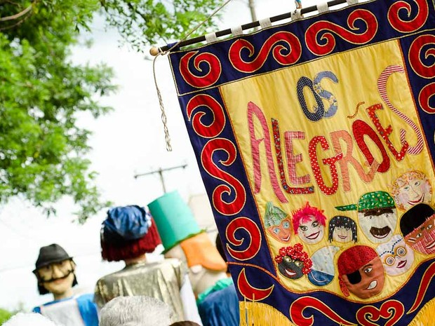 O bloco 'Os Alegrões' reúne milhares de foliões todos os anos no Carnaval de Ribeirão (Foto: Érico Andrade/ G1)