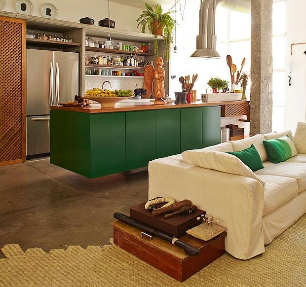Casa, cozinha, designer marcelo rosenbaum, verde, neutro, rústico (Foto: Victor Affaro/Editora Globo)