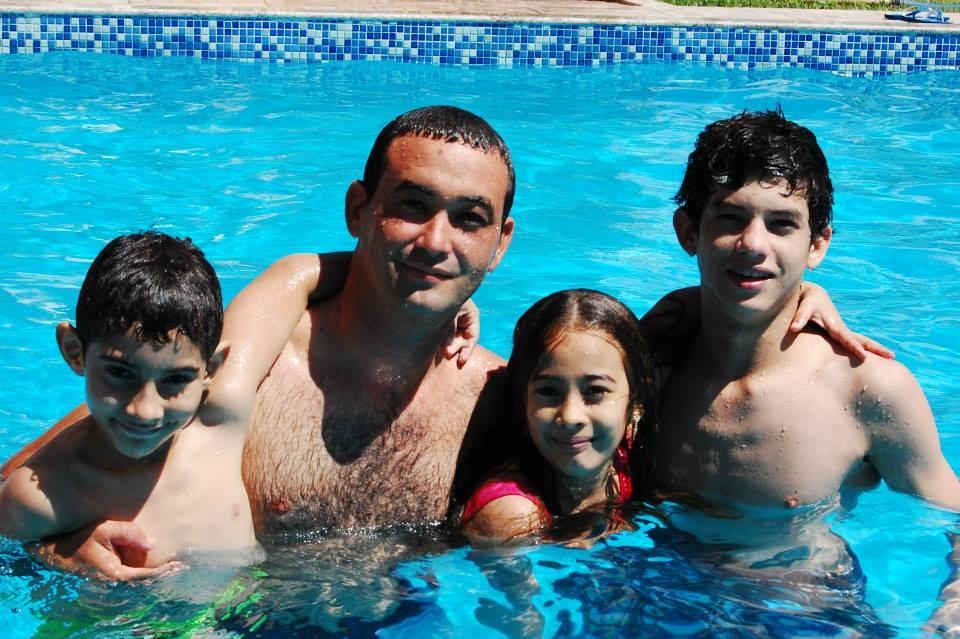 Rodrigo Araújo é casado e tem três filhos (Foto: Arquivo Pessoal)