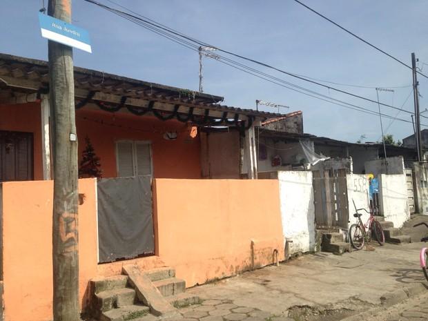 Crime aconteceu na rua Jundiaí, no Caraguava, em Peruíbe (Foto: Marcos Antonio da Costa / Arquivo Pessoal)