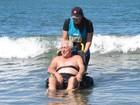 Programa promove lazer de pessoas com deficiência em praias da região