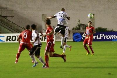Botafogo-PB x Salgueiro, no Estádio Almeidão (Foto: Kleide Teixeira / Jornal da Paraíba)
