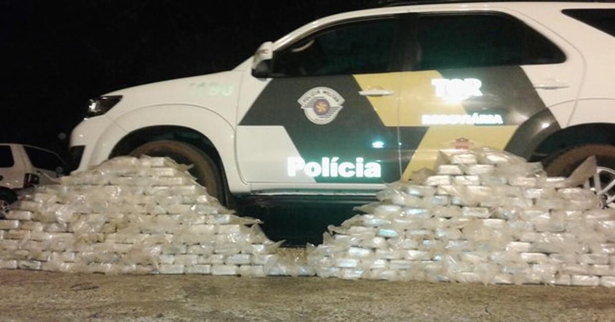 Polícia Rodoviária apreende carro com 200 kg de cocaína em ... - Globo.com
