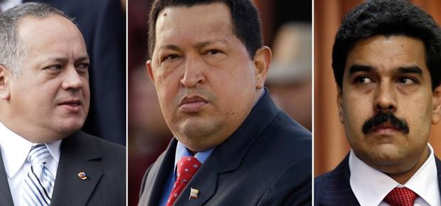 Chávez (centro) e os dois mais prováveis protagonistas imediatos de sua sucessão: Diosdado Cabello  (esquerda) e Nicolás Maduro (Foto: AP)