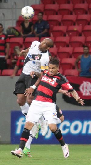 Guerrero e Rodrigo; Flamengo x Vasco (Foto: Ag. Estado)