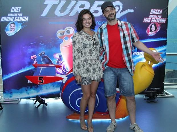 """Isis Valverde e Bruno Garcia na pré-estreia de """"Turbo"""" (Foto: Anderson Borde / AgNews)"""