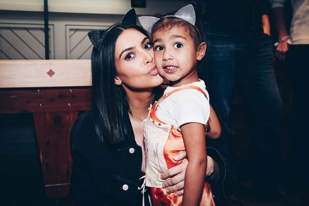 Kim Kardashian e North West (Foto: Getty Images)