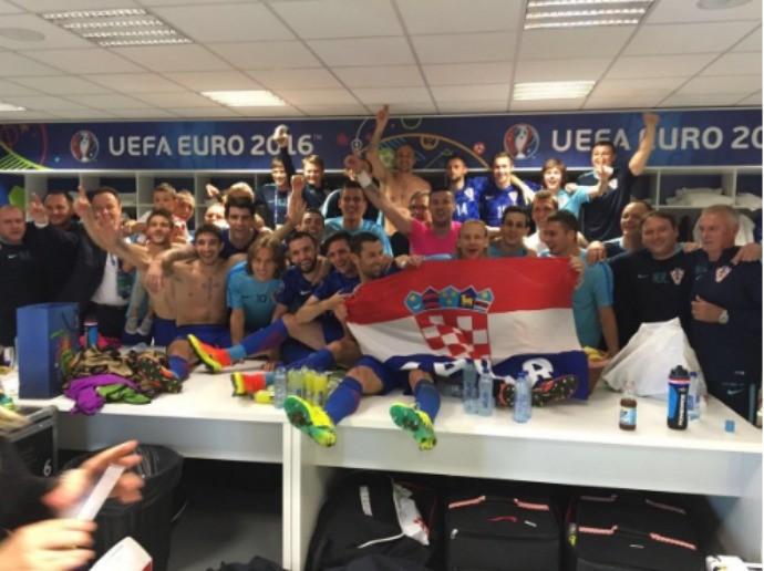 BLOG: Após a vitória sobre a Espanha pela Eurocopa, Croácia faz a festa no vestiário
