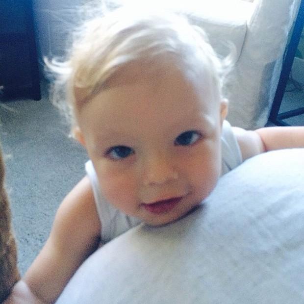 Fergie posta foto do filho (Foto: Reprodução/Instagram)