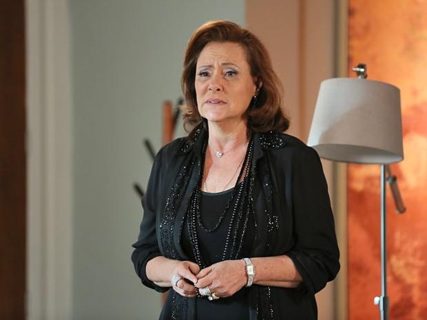 Tina fica decepcionada com a reação de Bélgica (Foto: Isabella Pinheiro / Gshow)