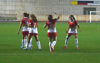 Vila Nova antecipa viagem para jogo decisivo da Copa do Brasil Feminina