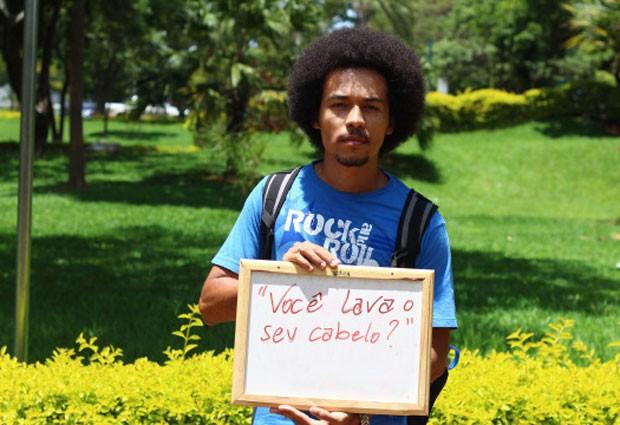 Matheus Henrique Ramos, estudante da UnB, também se deixou fotografar para o projeto (Foto: Divulgação/Lorena Monique dos Santos)