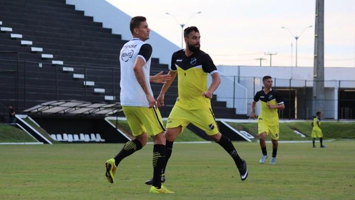 ABC - Nando, atacante - Cleiton Potiguar, zagueiro (Foto: Andrei Torres/ABC FC/Divulgação)