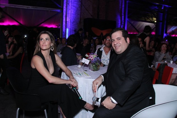 Deborah Secco e Leandro Hassum em prêmio de cinema no Rio (Foto: Claudio Andrade e Thyago Andrade/ Foto Rio News)