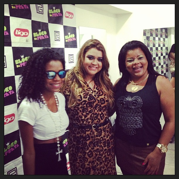 Luane Dias, Preta Gil e Tati Quebra Barraco em casa de shows no Rio (Foto: Instagram/ Reprodução)