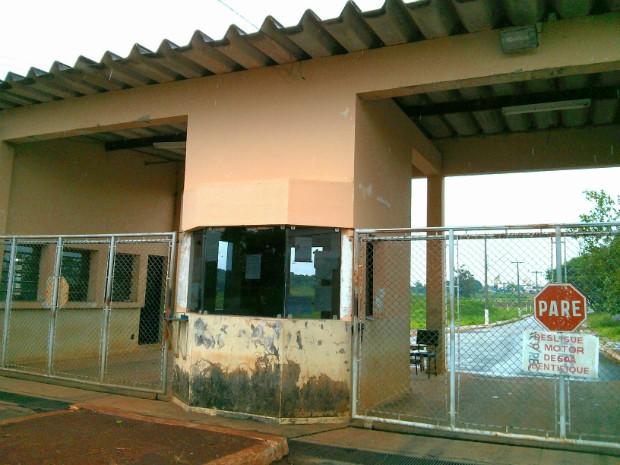 Agentes penitenciários da região estão em greve (Foto: Cláudio Nascimento / TV TEM)